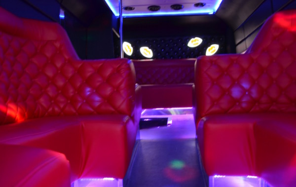 Red Lips Party – autobus impreza